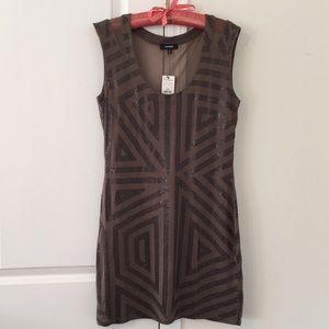 NWT 🎉Express sequins & mesh dress